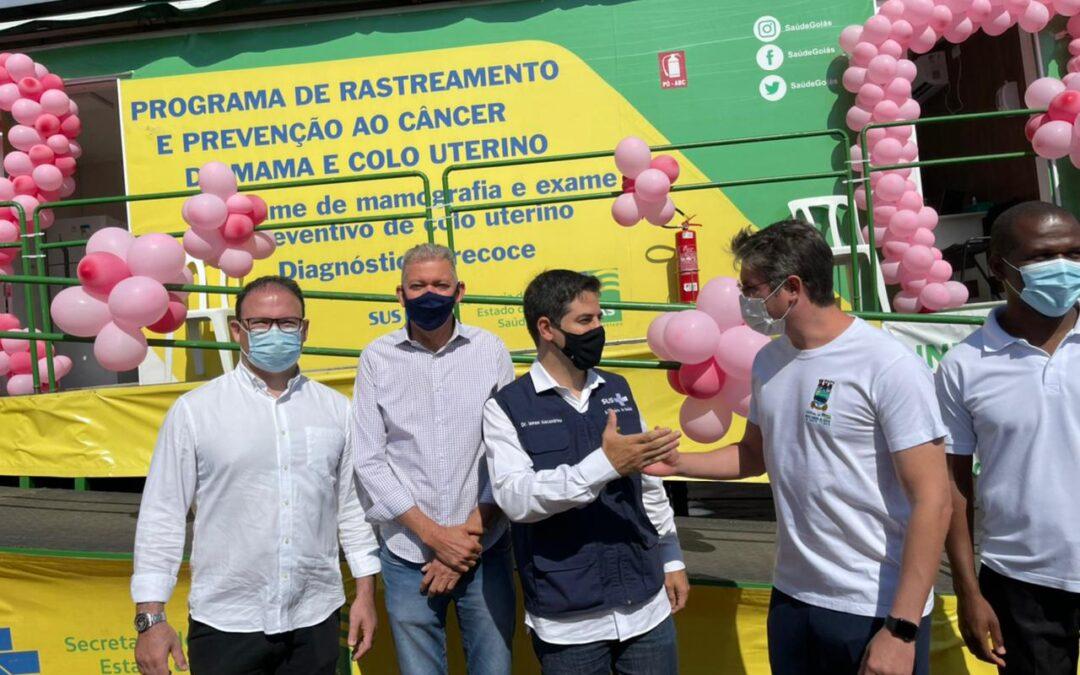 Secretário confere Carreta da Prevenção em Águas Lindas de Goiás
